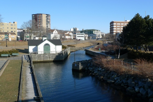 Shubenacadie Canal looking north from the Harbourfront Trail bridge, Dartmouth. (photo by bricoleurbanism/Flickr Creative Commons)